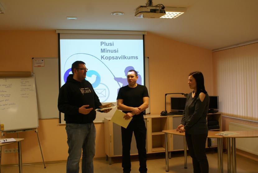 Spēles People Catching Latvia tests