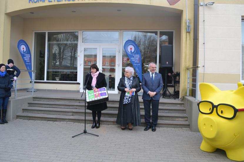 Atklāj 4. Finanšu nedēļu Jelgavā