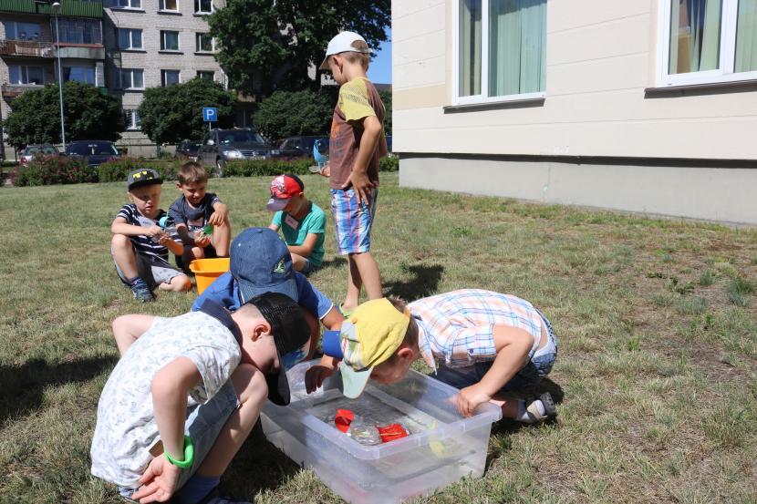 FasTracKids mazo zinātnieku vasaras skola