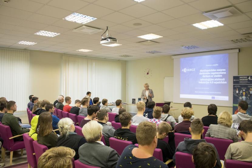 Noslēdzas Erasmus+ projekts par Industriju 4.0